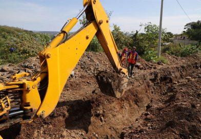 Gobierno de Tonalá lleva drenaje sanitario a colonia con más de 10 años de abandono en infraestructura